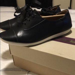 Women's black leather Clark's sneakers